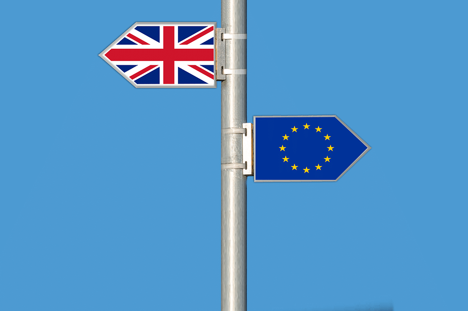 На 29. март 2017 г. Обединеното кралство представи уведомление за намерението си да се оттегли от Съюза съгласно член 50 от Договора за Европейския съюз.