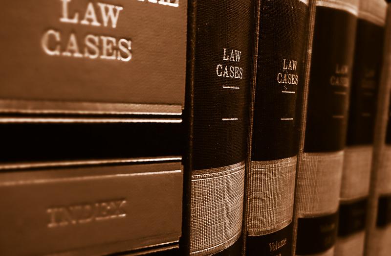 Представлява ли хонорарът по административнонаказателно дело вреда и какъв е редът за обезщетяване?